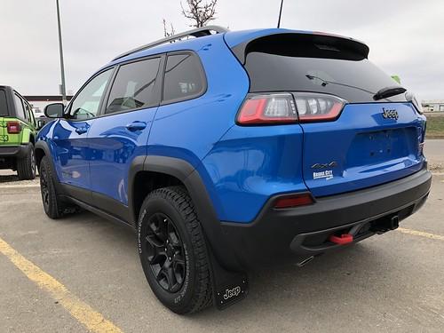 Blue Trailhawk Photo