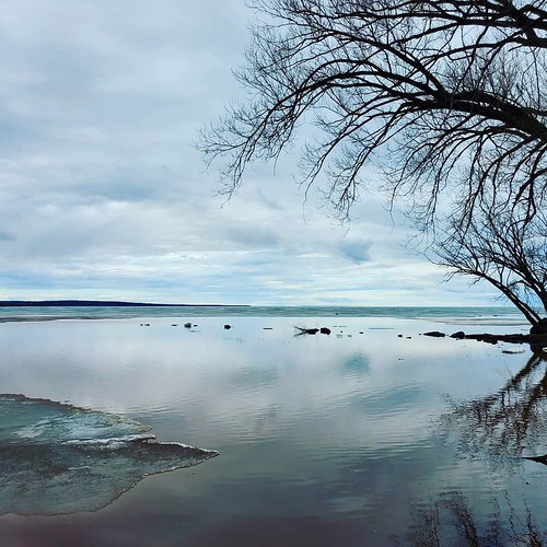 lake lakesuperior water ashland wisconsin