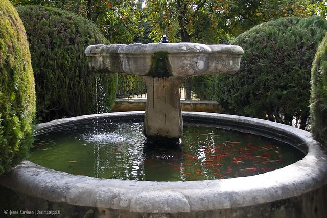 Suihkulähde Sevillan Alcázarin puutarhassa