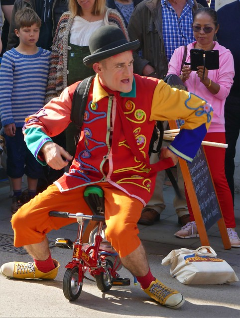 Gifford's Circus Promotion, Tweedy