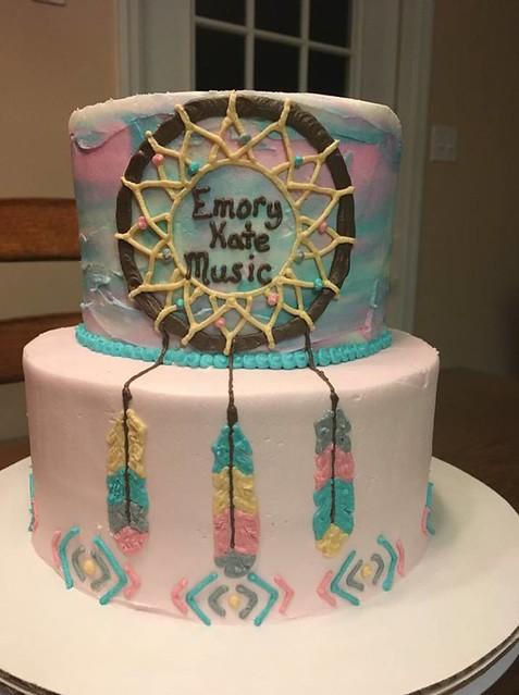 Cake by Holly's Cakes-Valdosta