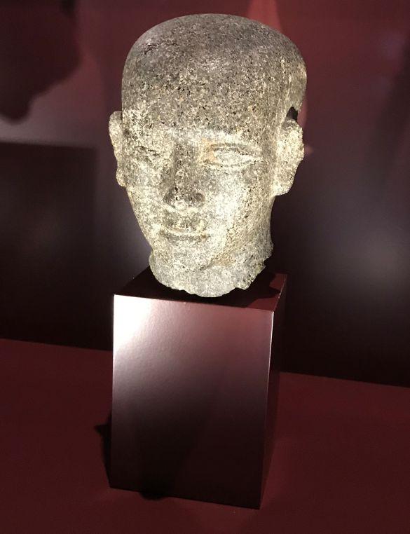 IMG_0382HoofdVanEgyptischStandbeeldEgyptisch1784-1668VChrKermaGranodioriet
