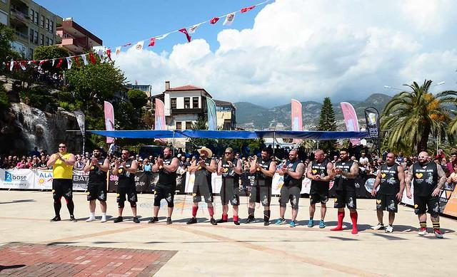 Strongman Alanya'da şampiyon Ortmayer oldu