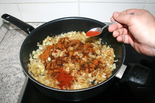 22 - Geräuchertes Paprika addieren / Add smoked paprika