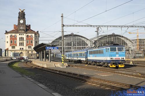 362 164 ČD . Praha hl.n . 30.03.19.