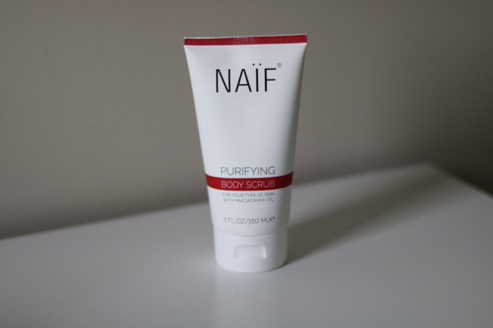 Naif Grown Ups Zuiverende Body Scrub
