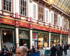 Lunchtime at the Lamb Tavern in Leadenhall Market