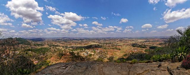 Panorama des environs d'Ambohimanga Rova