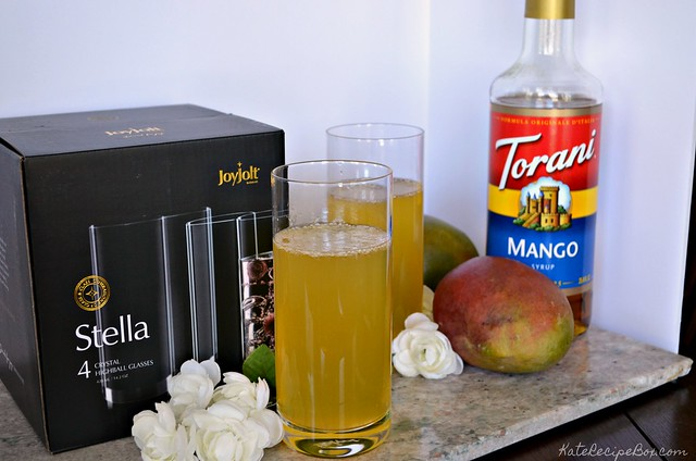 Mango Lemonade Cocktail 2