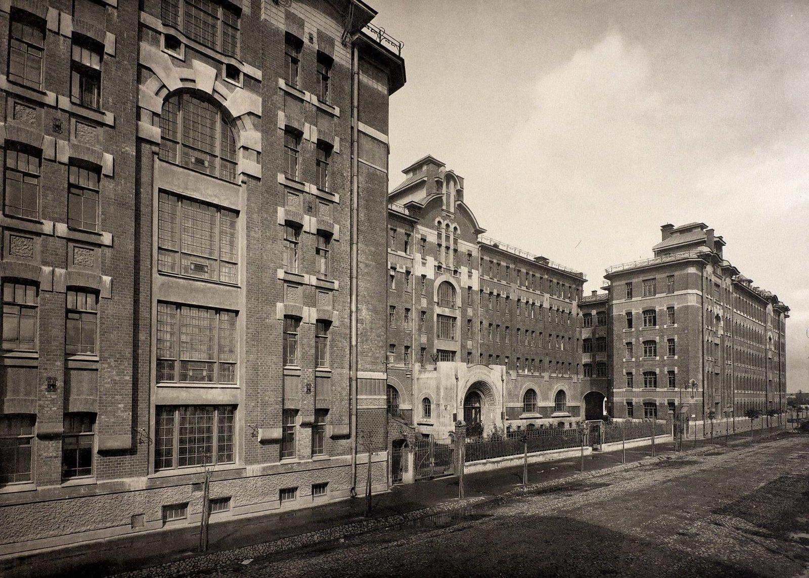 Дом дешевых квартир имени Г.Г. Солодовникова. Дом для одиноких. Фасад по 2-й Мещанской улице