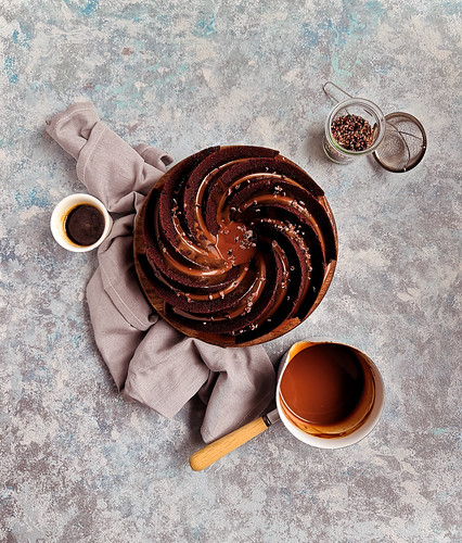 Espresso chocolate cake with Caramélia coffee glaze | by michtsang