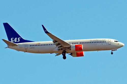 LN-RGC   Boeing 737-883 [41257] (SAS Scandinavian Airlines) Home~G 21/05/2015 | by raybarber2