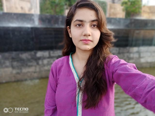 Selfie with bokeh Mode on Tecno Camon i4