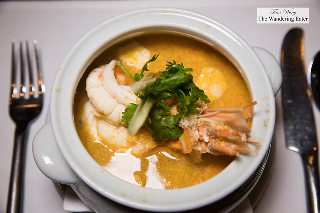 Tom yam goong maenaam ต้มยำกุ้งแม่น้ำSpicy river prawn soup, lemongrass, lime juice and bird's eye chilies