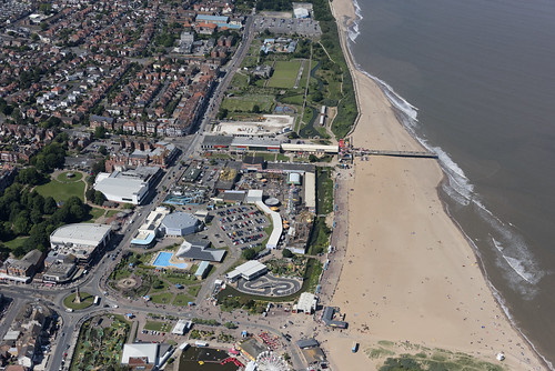 skegness lincs lincolnshire coast coastline seaside beach pier funfare amusementpark above aerial nikon d810 hires highresolution hirez highdefinition hidef britainfromtheair britainfromabove skyview aerialimage aerialphotography aerialimagesuk aerialview drone viewfromplane aerialengland britain johnfieldingaerialimages fullformat johnfieldingaerialimage johnfielding fromtheair fromthesky flyingover fullframe
