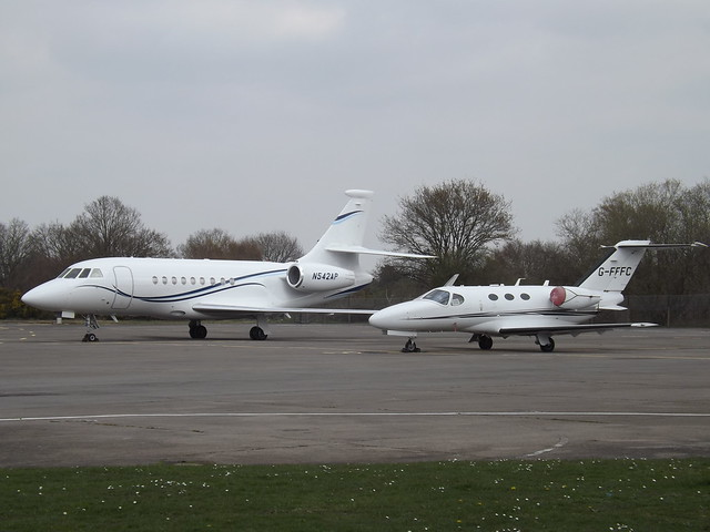N542AP Dassault Falcon 2000EX (Aviation Services The Second Inc) With G-FFFC Cessna Citation Mustang 510 (Synergy Aviation Ltd)