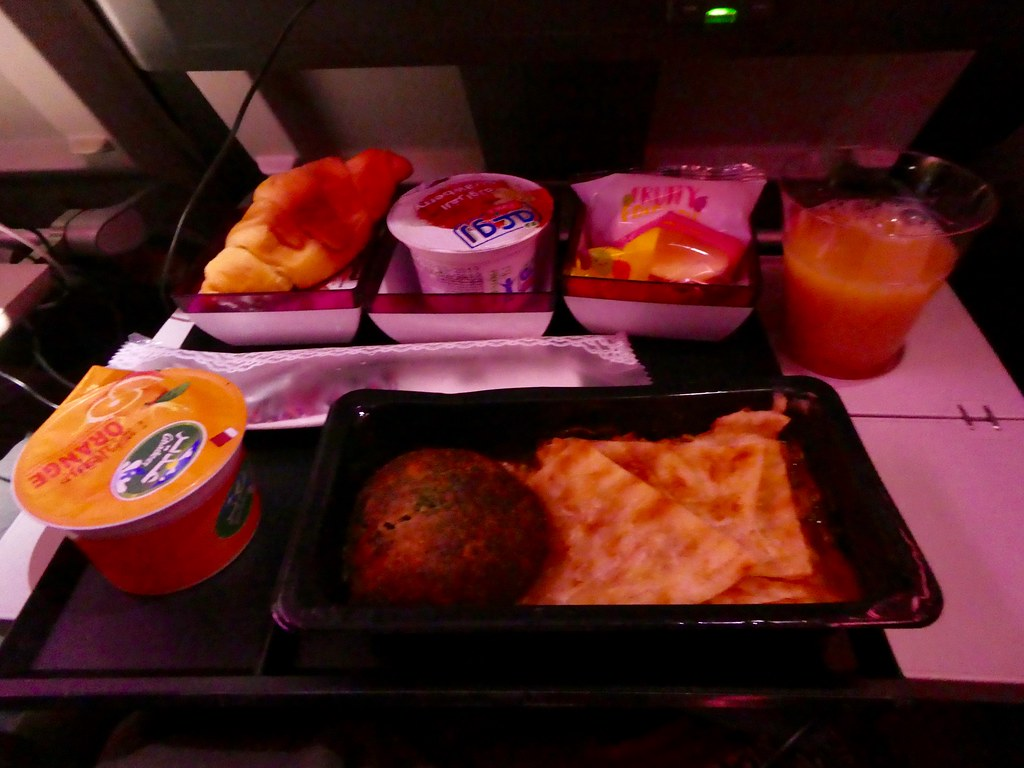 Breakfast on board the Qatar Airways A380 airliner from Doha to London Heathrow