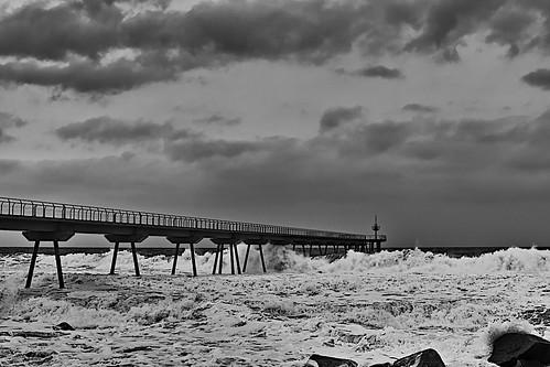 sea water mar mare ocean wave wind seascape rock rocks landscape architecture beach shore seashore coast sand bay cloud sky skyline shadow shadows blackandwhite monochrome absoluteblackandwhite outside outdoor