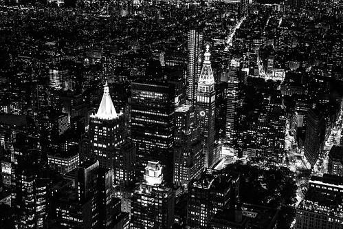 new york usa city town stadt hochhaus skyscraper black white schwarz weis architektur architecture wolkenkratzer himmel empire state building nacht night panorama personen im fotopersonen hinzufügen
