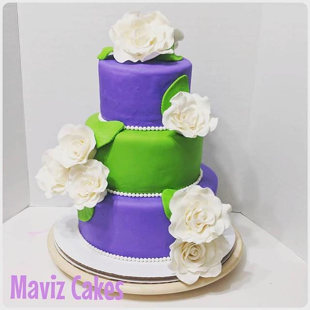 Cake by Maviz Cake Diary