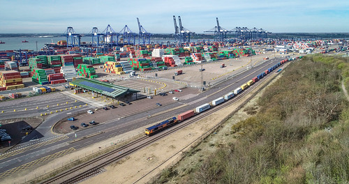66770 felixstowe north dock gbrf hams hall intermodal crane ship phantom 4 1z10 rail railway train locomotive enthusiast railfan
