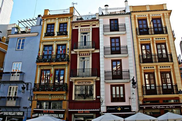 Casas de escaletes de la calle de Palafox - València