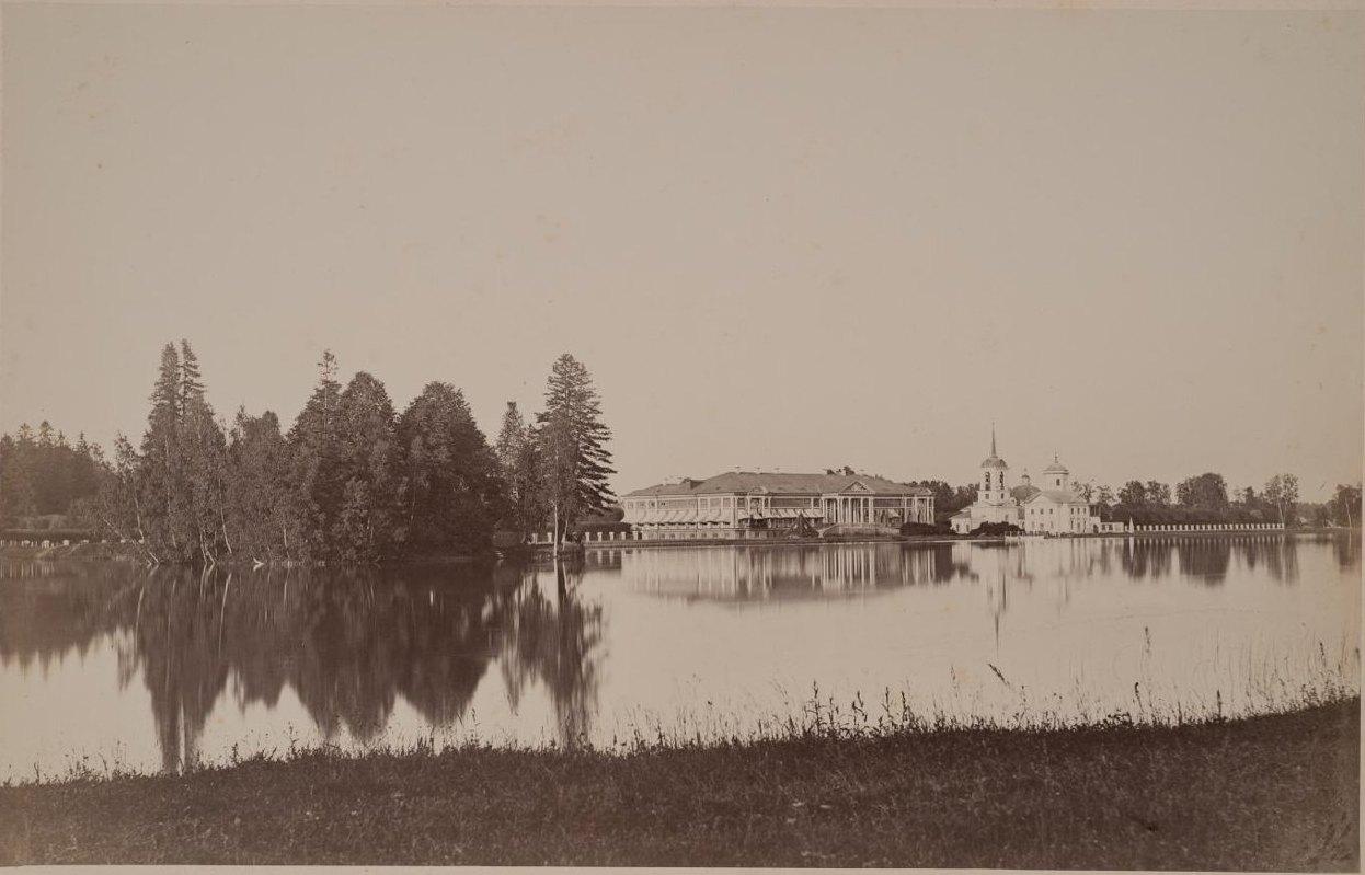 Панорама Кускова из-за пруда. 1880-е