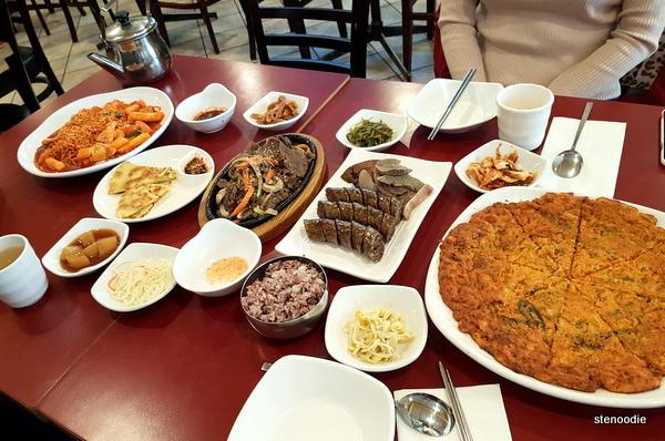 Lim Ga Ne Korean feast