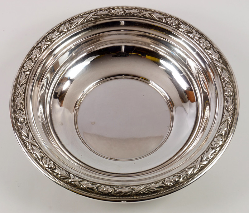 RD27846 Vintage Wallace Sterling Silver Bowl Dish Pattern # 3621 Weighs 80 Grams DSC00689