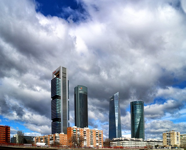Four Giants in Madrid / Cuatro gigantes en Madrid
