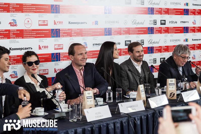 mmkf41_press_konferentsya_filma_nuriev_beliy_voron-3