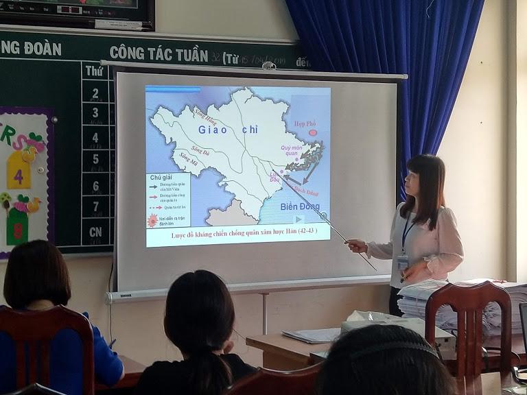 Tin về hội thi tự làm đồ dùng dạy học cấp trường năm học 2018 – 2019