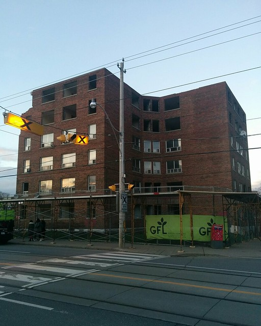 Regent Park demolition (1) #toronto #regentpark #parliamentstreet #demolition