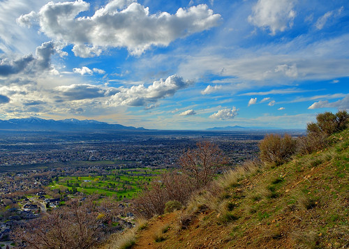 eechillington nikond7500 viewnxi saltlakevalley hiking utah vista clouds