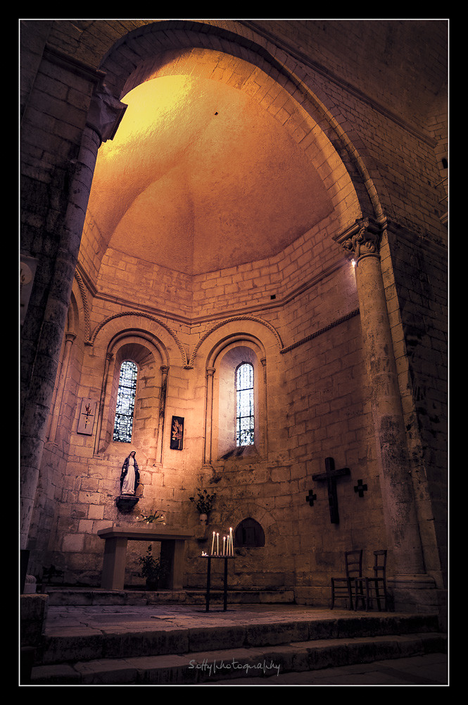 Église de Saint Amand de Coly France