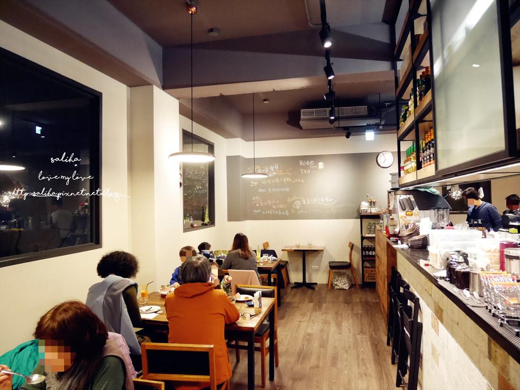 台北文山區萬隆站附近氣氛好約會餐廳推薦ConfitRemi黑米義大利麵 (5)