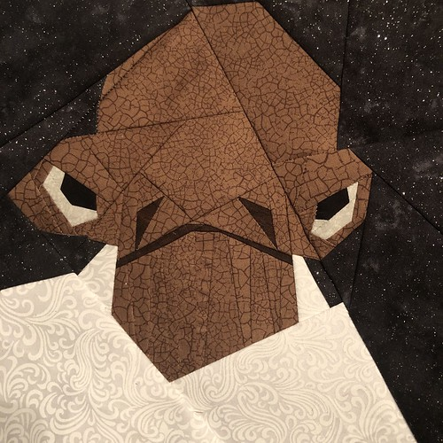 Admiral Ackbar Pasr-Pieced Quilt Pattern, designed April 29, 2019 for the Fandom in Stitches Star Wars pattern design challenge