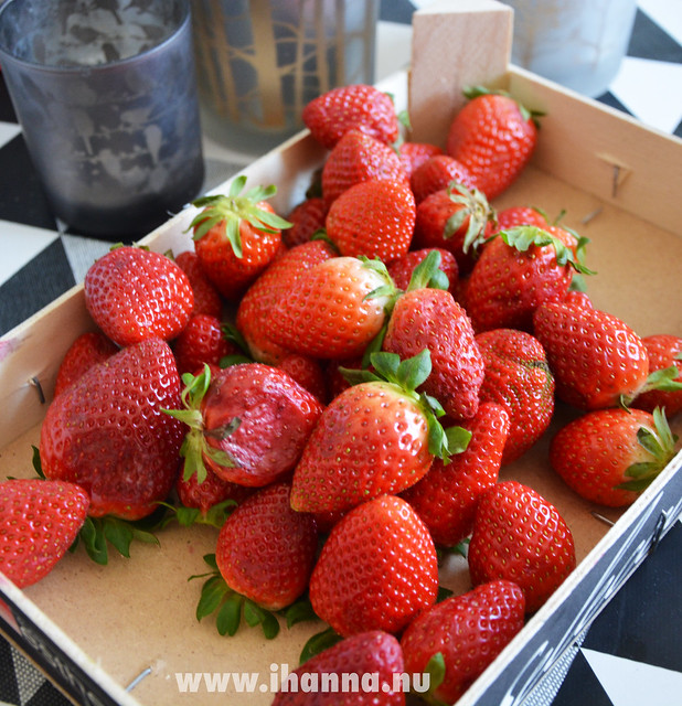 Strawberries for Breakfast
