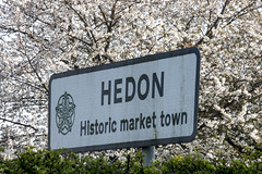 Hedon Sign in Spring