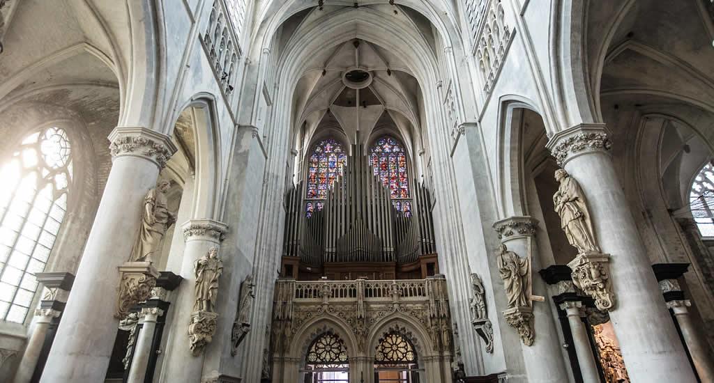 Bezoek de Sint-Romboutskathedraal | Mooistestedentrips.nl