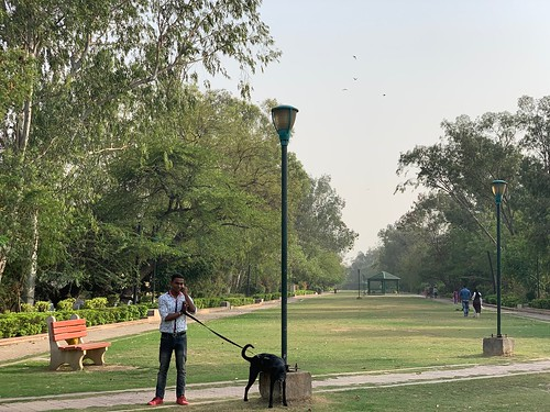 City Hangout - Central Park, Defence Colony