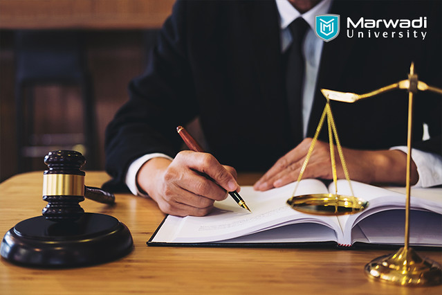 Study Law - Admission, benefits, salary