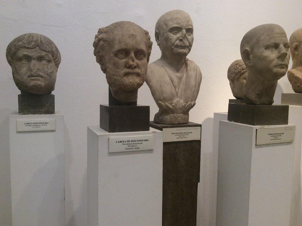 Bustes de gens importants ou de patriciens si vous préférez dans le Musée archéologique de Séville
