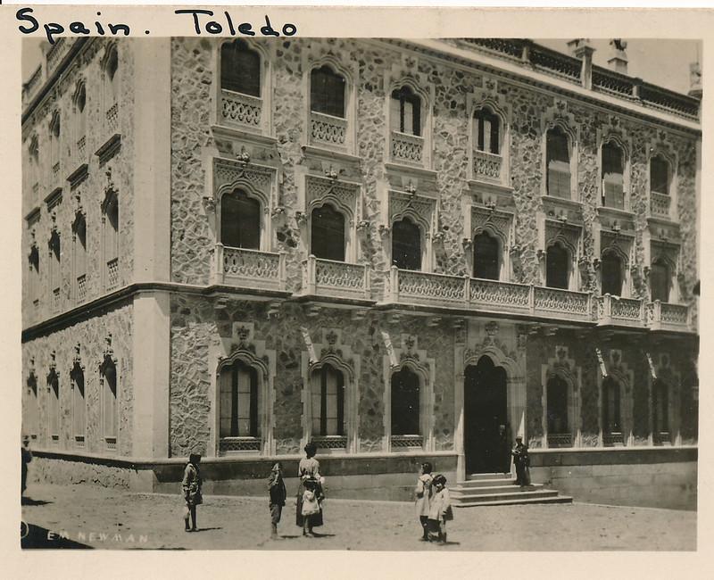 Hotel Castilla de Toledo hacia 1915. Fotografía de Edward Manuel Newman. Colección de Laura Valeriano y Paco de la Torre.