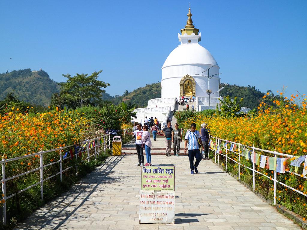 Visita a la Pagoda de la Paz