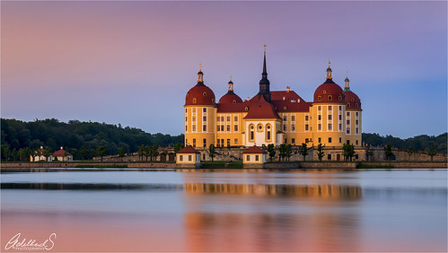 adelheidsphotography adelheidsmitt adelheidspictures germany goldenhour saxony moritzburg huntinglodge castle sunset baroque lake deutschland sachsen dresden 16thcentury