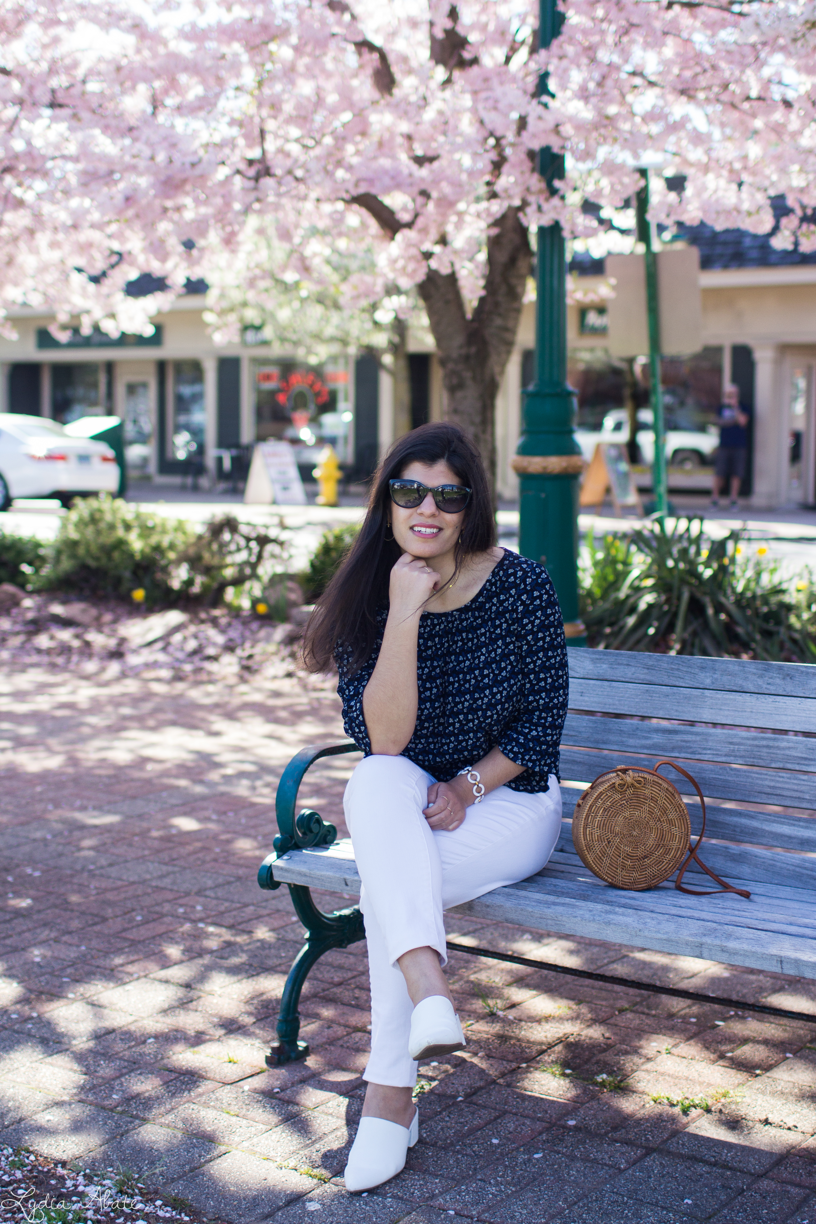 navy floral blouse, white jeans, mules, round rattan bag-10.jpg