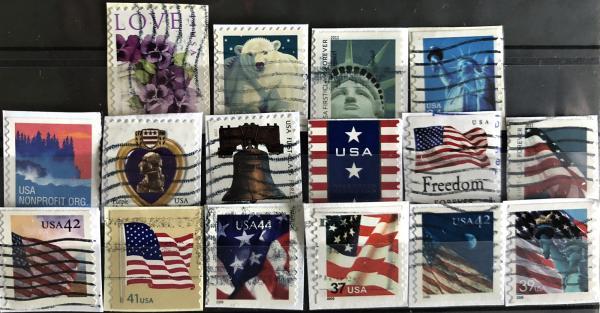Známky USA mix 16 ks rôznych samolepiacich