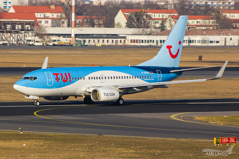 TUIfly - B737 - D-AHXG (1)