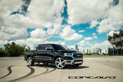 2019 Dodge Ram 1500 on 5D Brushed Silver | by Concavo Wheels